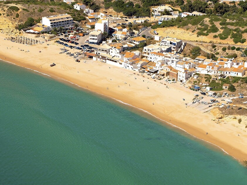 Vista aérea de Salema beach