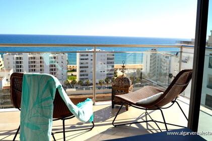 Apartamento de dos habitaciones con vistas al mar